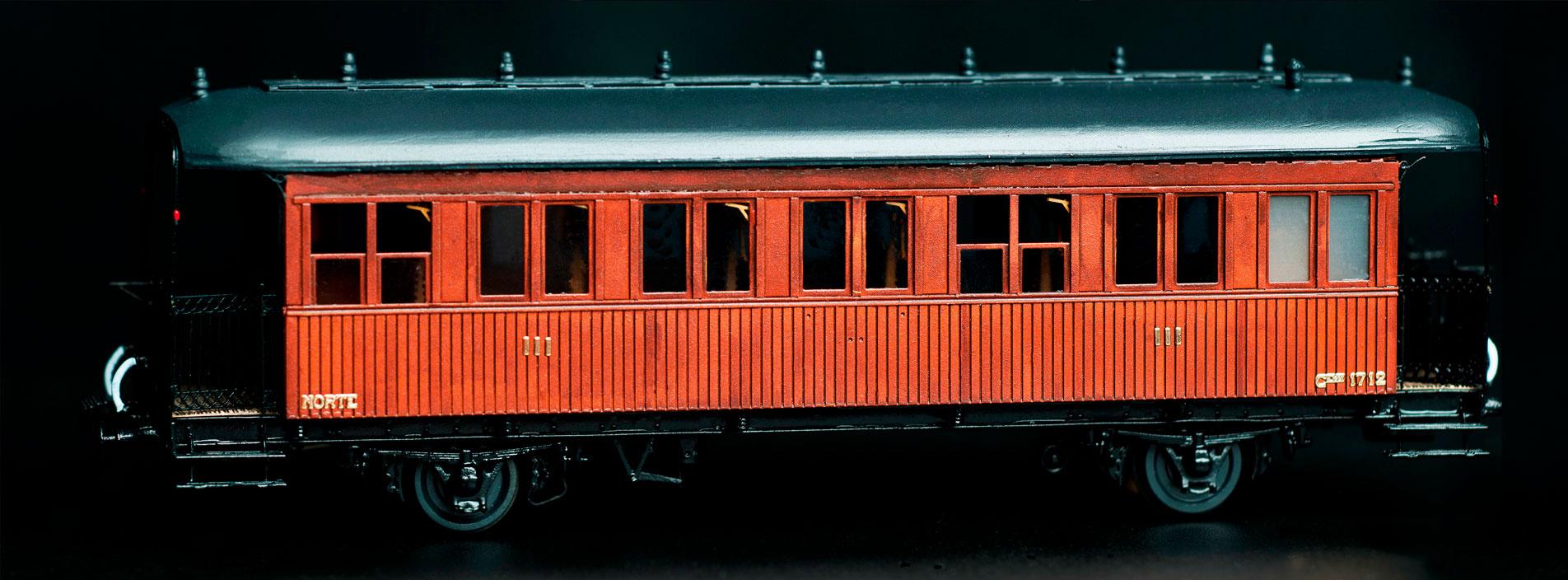 """2-axis """"Banlieu"""" commuter passenger car Ex-Norte"""